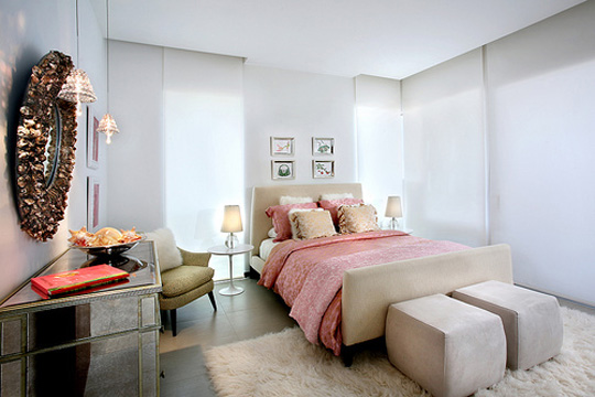 white_room_interior015.jpg