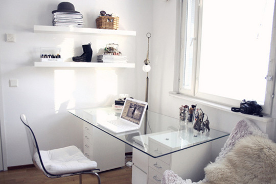 white_room_interior016.jpg