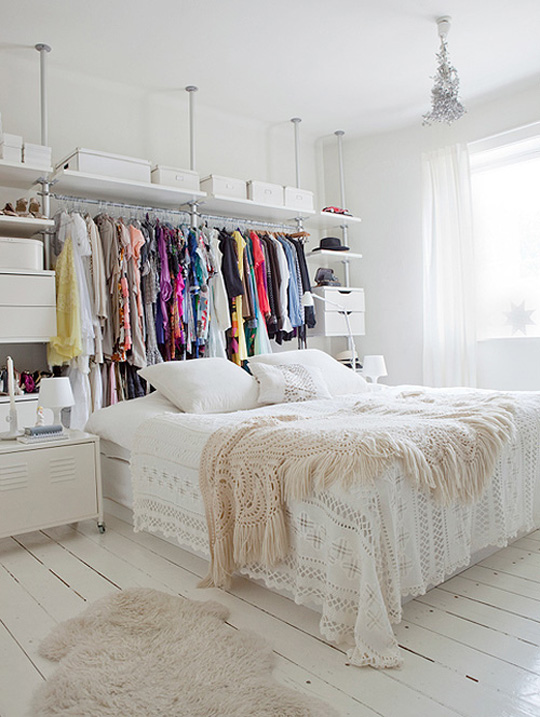 white_room_interior018.jpg